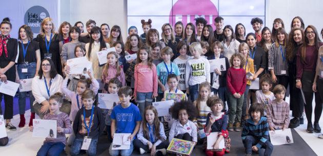 Entrega diplomas participación FIMI alumnos EASDV ©Marcos Soria
